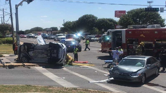 Two hurt in Temple two-vehicle crash